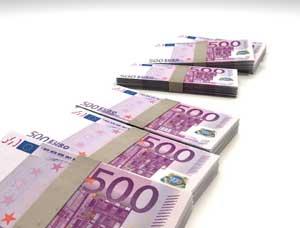 Geld, de verdiensten van een webcammodel. De verdiensten kunnen hoog oplopen.